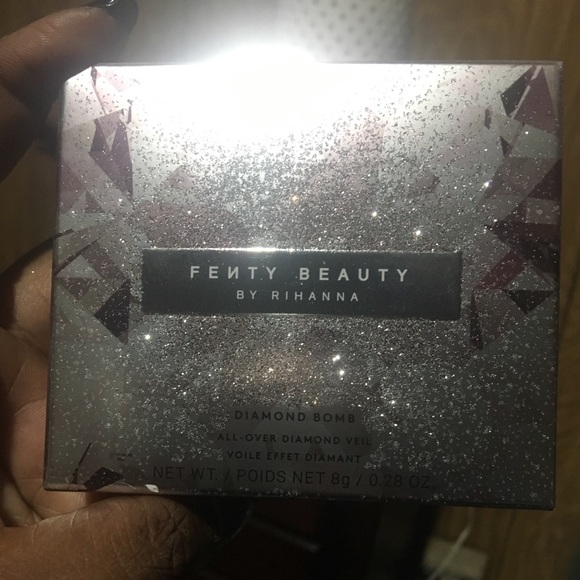 Fenty Beauty Other - Fenty beauty by Rhianna diamond bomb